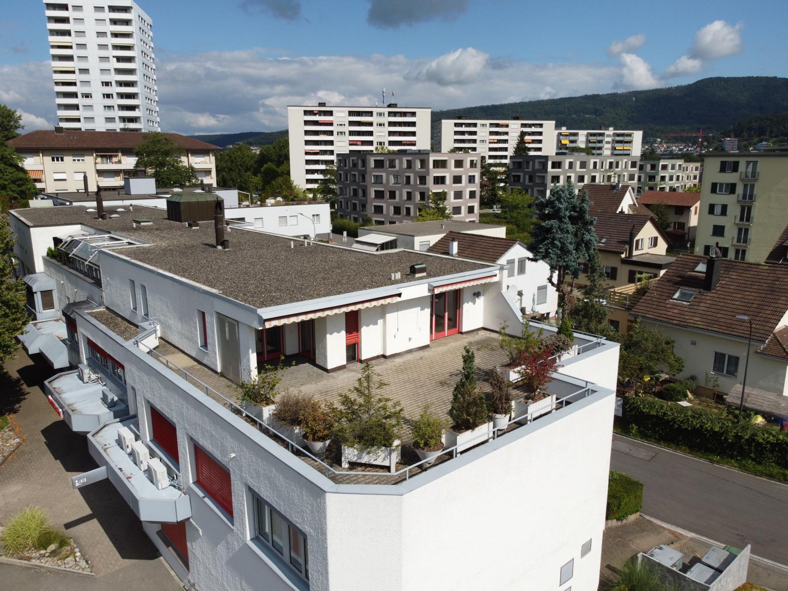 5-Zimmer-Attikawohnung mit Wintergarten