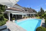 Villa im französichen Landhausstil mit Pool in Geroldswil ZH, Moosstrasse 27